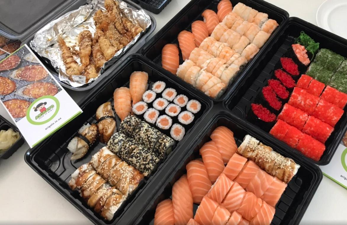 ТОП – 8 преимуществ заказа суши на дом