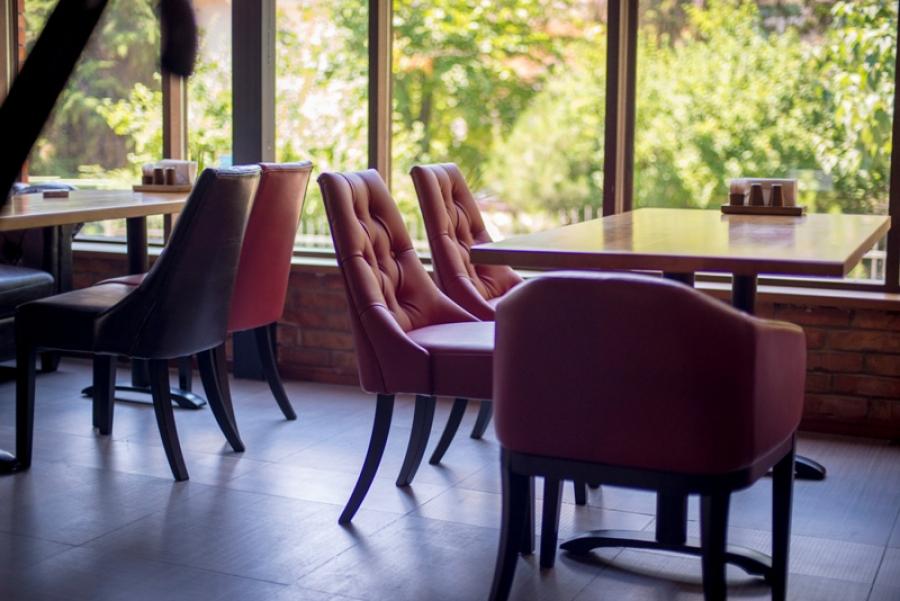Какой должна быть ресторанная мебель?