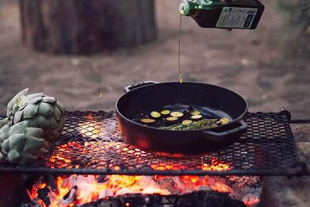Выбор материала посуды для гриля, мангала