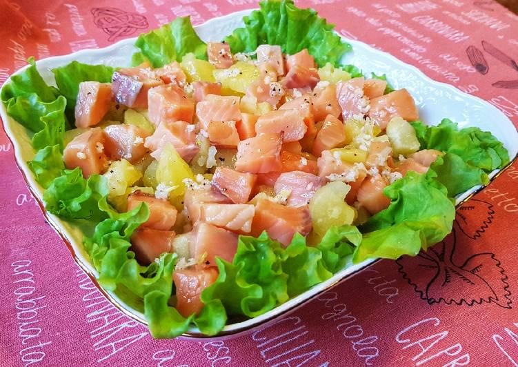 Салат из семги и картофеля