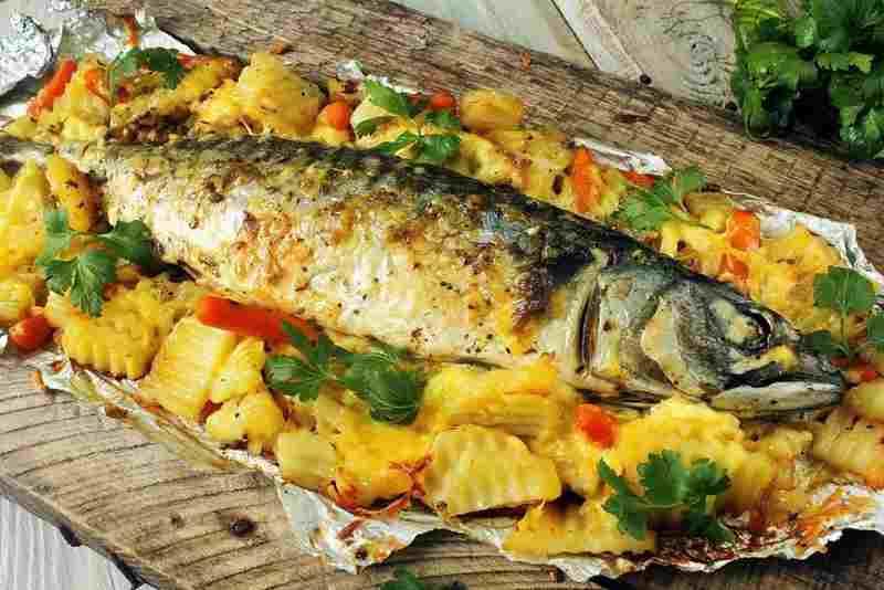 Запеченную рыбу